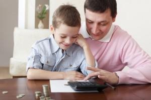 стоит ли платить ребенку за оценки