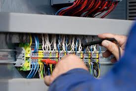 Профессия электромонтёр