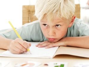 Обучение ребенка чтению и письму, главные нарушения