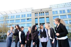Высшая школа общественной психологии в Польше